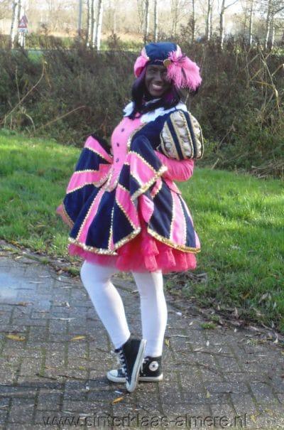lieve piet met roze jurk