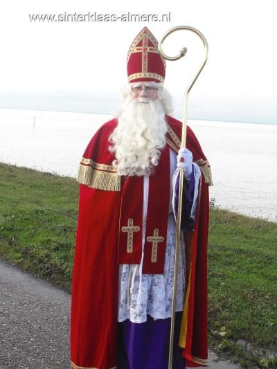 Sinterklaas aankomst in de haven